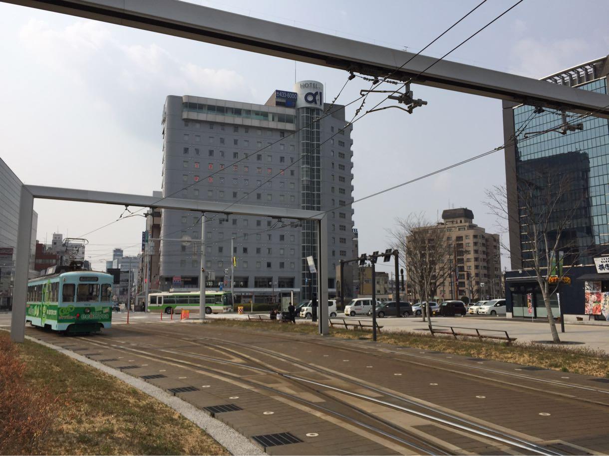 昼の富山駅と駅前駐車場をお散歩