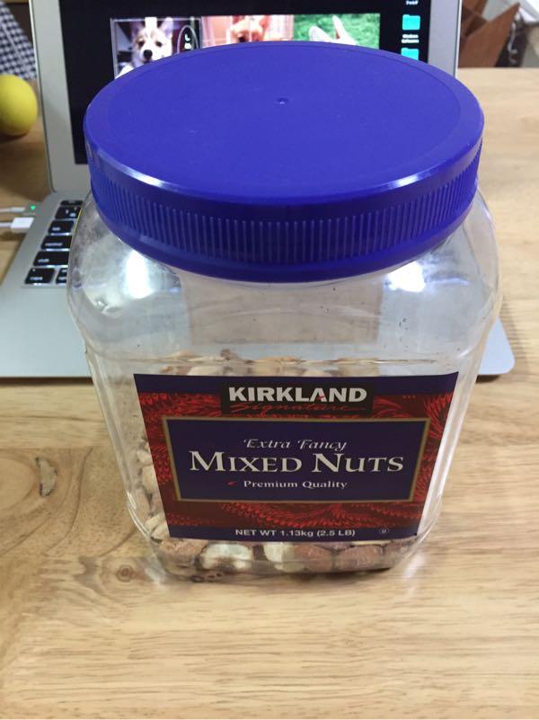 コストコのミックスナッツ