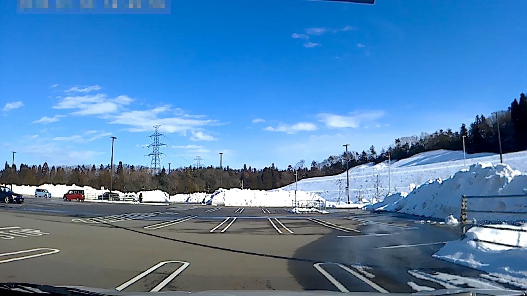 雪のコストコ駐車場