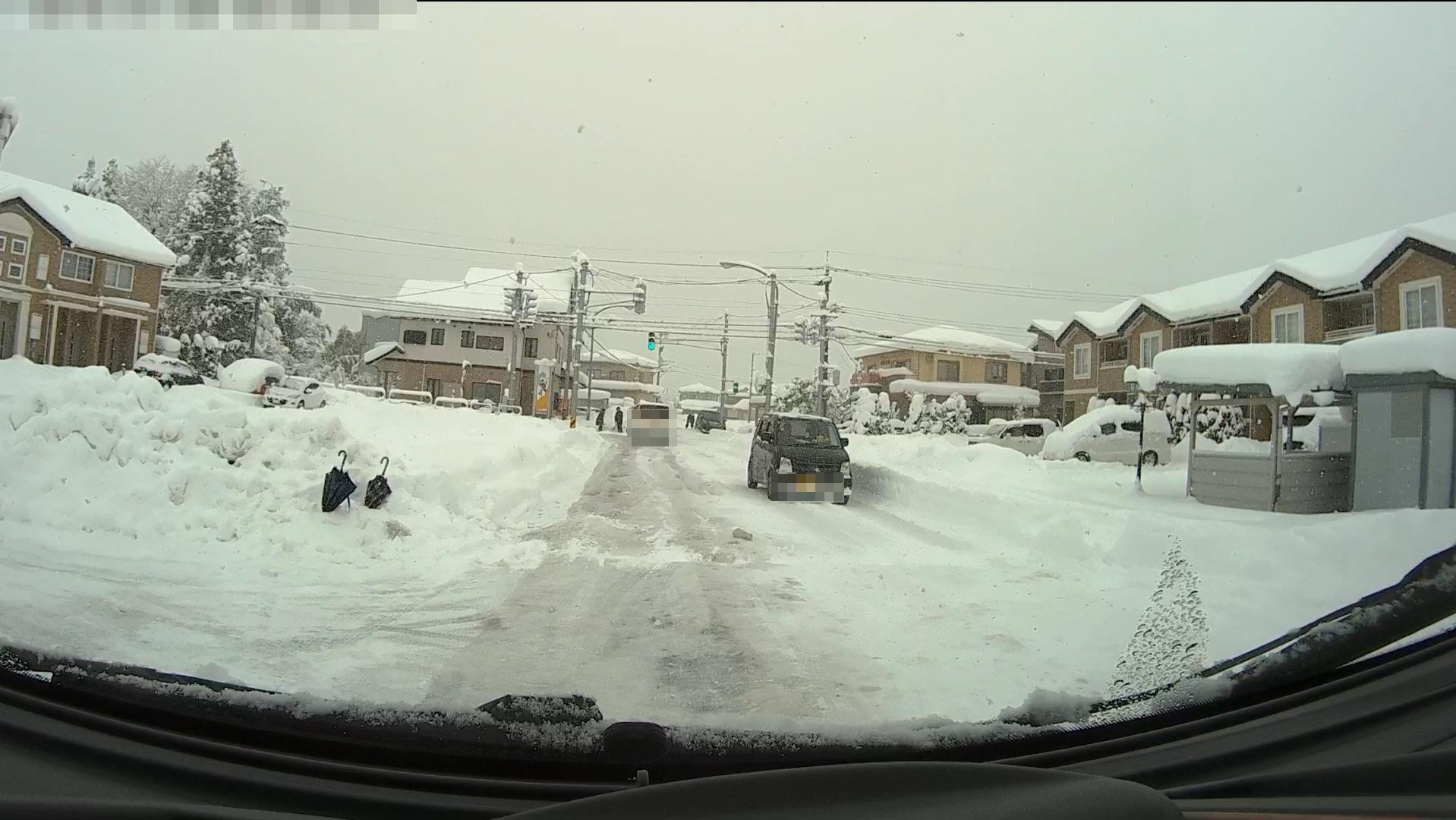 富山の雪道