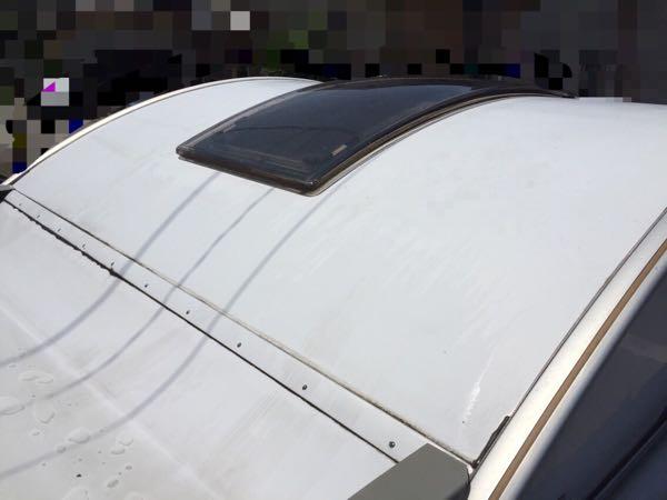 キャンピングカーの屋根の洗車