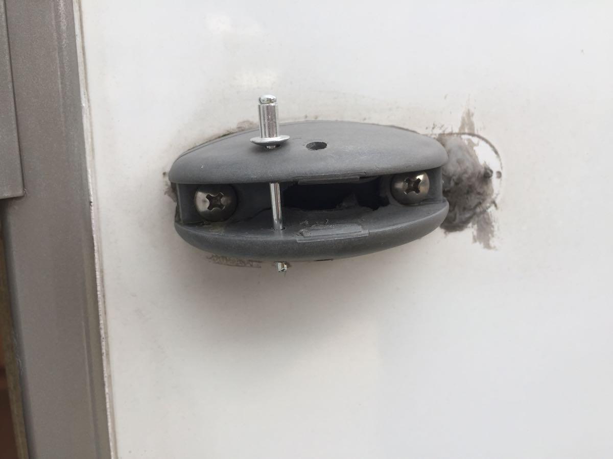 ドアキャッチ
