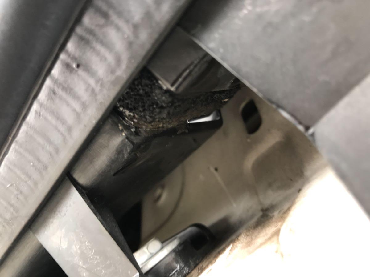 ducatoのエンジンルームの水問題