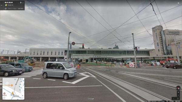 2015年の富山駅前